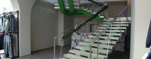 Лестница в магазине Экстрем стайл