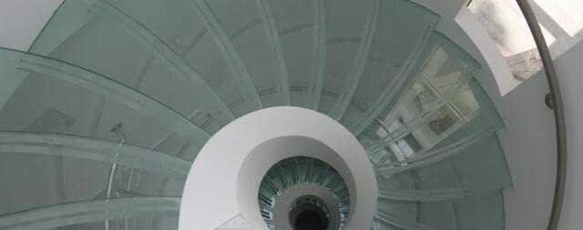 Лестница в частном коттедже-2